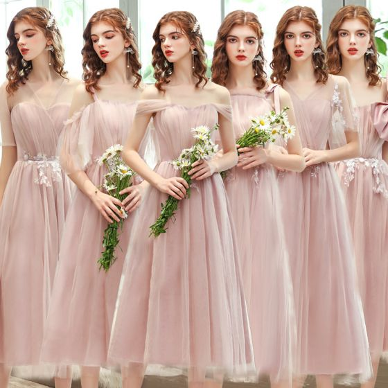 Affordable Blushing Pink Bridesmaid Dresses 2020 A-Line / Princess Backless Appliques Lace Tea-length Ruffle