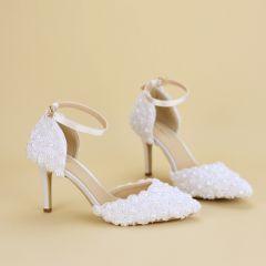 Schöne Weiß Brautschuhe 2019 Perle Spitze Knöchelriemen 6 cm Stilettos Spitzschuh Hochzeit Hochhackige