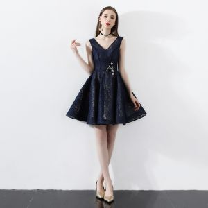 Modern / Fashion Navy Blue Party Dresses 2018 A-Line / Princess Lace V-Neck Backless Short Sleeve Short Formal Dresses