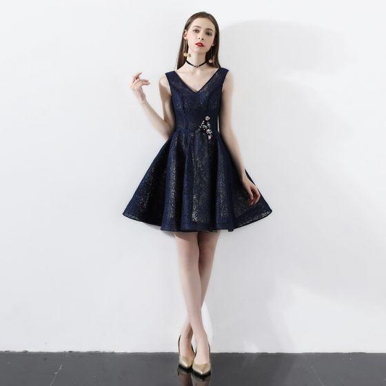 Modern / Fashion Navy Blue Party Dresses 2018 A-Line / Princess Lace V-Neck Backless Short Sleeve Short Formal Dresses