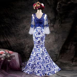 Chinesischer Stil Weiß Königliches Blau Abendkleider 2017 Mermaid V-Ausschnitt Lange Ärmel Applikationen Mit Spitze Hof-Schleppe Rüschen Rückenfreies Festliche Kleider