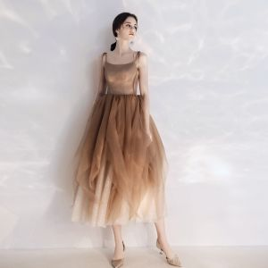 Chic / Beautiful Brown Homecoming Graduation Dresses 2019 A-Line / Princess Spaghetti Straps Bow Sleeveless Backless Ankle Length Formal Dresses