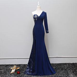 Vintage / Retro Navy Blue Evening Dresses  2018 Trumpet / Mermaid Pearl Sequins One-Shoulder Long Sleeve Backless Sweep Train Formal Dresses