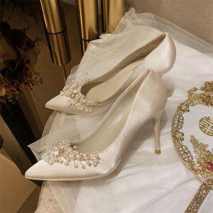 Elegantes Beige Perla Zapatos de novia 2020 Cuero Satén 10 cm Stilettos / Tacones De Aguja Punta Estrecha Boda Tacones