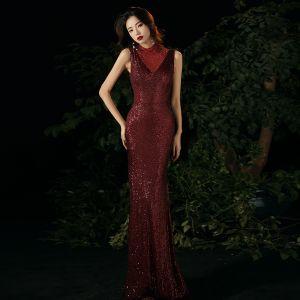 Brillante Borgoña Vestidos de noche 2020 Trumpet / Mermaid Cuello Alto Crystal Lentejuelas Sin Mangas Largos Vestidos Formales