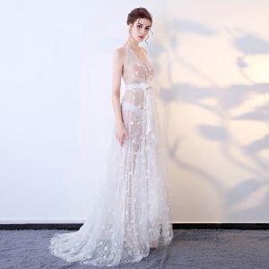 Sexy Blanche Transparentes Robe De Soirée 2018 Princesse Appliques Noeud Titulaire Dos Nu Sans Manches Train De Balayage Robe De Ceremonie
