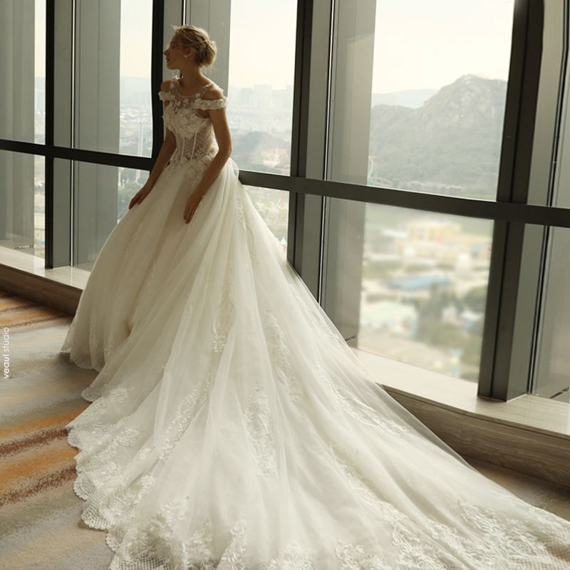 Sexy Church Hall Wedding Dresses 2017 Lace Flower Appliques Rhinestone Shoulders Short Sleeve Backless Cathedral Train White A-Line / Princess