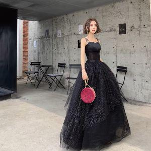 Mode Schwarz Abendkleider 2019 A Linie Spaghettiträger Stoffgürtel Pailletten Ärmellos Rückenfreies Lange Festliche Kleider