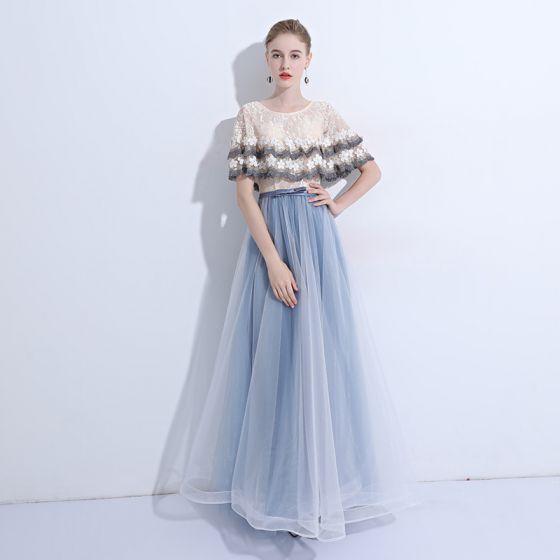 Mode Himmelblau Abendkleider 2019 A Linie Spitze Pailletten Applikationen Rundhalsausschnitt Kurze Ärmel Lange Festliche Kleider