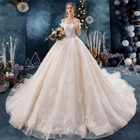 Classy Champagne Pregnant Wedding Dresses 2019 Ball Gown Off-The-Shoulder Beading Pearl Sequins Appliques Lace Flower Short Sleeve Backless Royal Train