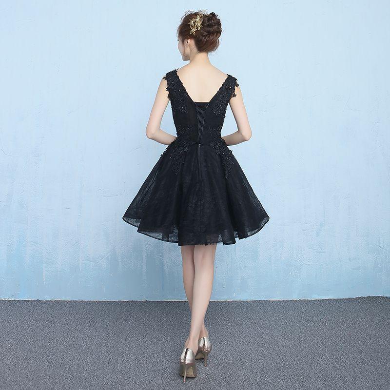 Affordable Formal Dresses 2017 Graduation Dresses Black Short A-Line / Princess V-Neck Sleeveless Backless Lace Appliques Beading Sequins