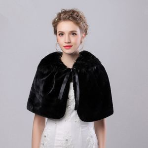 Black Winter Faux Fur Scoop Neck Prom Evening Party Coats / Jackets 2017