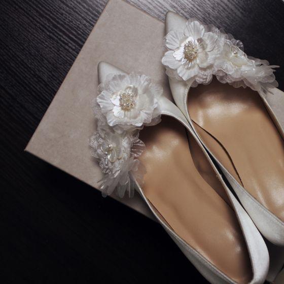 Elegante Weiß Perle Blumen Brautschuhe 2021 Leder 7 cm Stilettos Hochhackige Spitzschuh Hochzeit Pumps