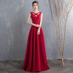 Modest / Simple Floor-Length / Long Burgundy Evening Dresses  2018 Charmeuse A-Line / Princess V-Neck Backless Beading Evening Party Formal Dresses