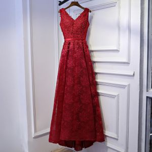 Chic / Belle Rouge Robe De Ceremonie Robe De Soirée 2017 En Dentelle Fleur Paillettes Lanières V-Cou Sans Manches Asymétrique Princesse