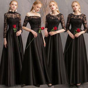 Niedrogie Czarne Satyna Przezroczyste Sukienki Dla Druhen 2019 Princessa Aplikacje Z Koronki Długie Wzburzyć Bez Pleców Sukienki Na Wesele