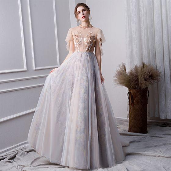 Elegantes Gris Vestidos de gala 2019 A-Line / Princess Rebordear Cuello Alto Perla Crystal Con Encaje Flor Lentejuelas Manga Corta Largos Vestidos Formales