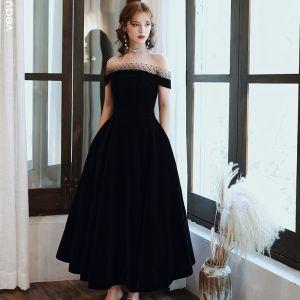 Elegant Sorte Gallakjoler 2020 Prinsesse Plettet Off-The-Shoulder Suede Ærmeløs Halterneck Te-længde Kjoler