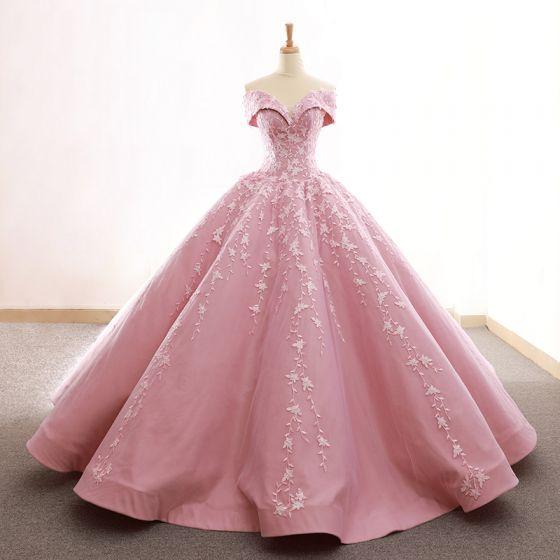 Haut de Gamme Rose Bonbon Robe De Bal 2020 Robe Boule De l'épaule Manches Courtes Fleur Appliques En Dentelle Train De Balayage Volants Dos Nu Robe De Ceremonie
