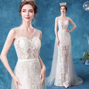 Illusion Prisvärd Elfenben Trumpet / Sjöjungfru Bröllopsklänningar 2020 V-Hals Spets Blomma Ärmlös Halterneck Svep Tåg