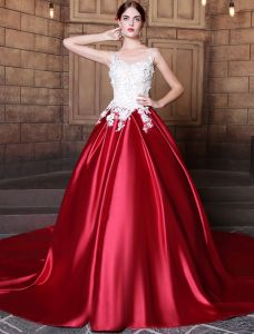 glamorous prom dresses 2017 scoop neckline applique sequins lace burgundy satin dress