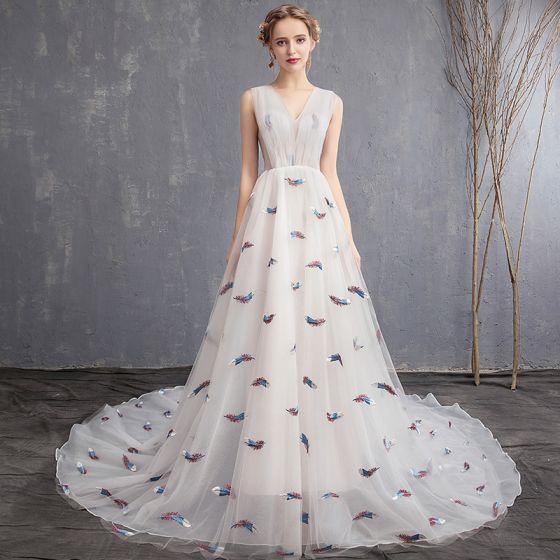 Schöne Ivory / Creme Strand Brautkleider / Hochzeitskleider 2019 A Linie V-Ausschnitt Ärmellos Stickerei Hof-Schleppe