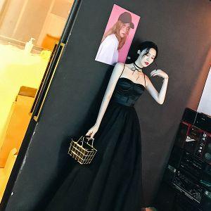 Moderne / Mode Noir Robe De Soirée 2018 Princesse Bretelles Spaghetti Amoureux Boutons Tulle Tribunal Train Robe De Ceremonie