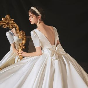 Vintage / Retro Ivory Satin Bridal Wedding Dresses 2020 Ball Gown Square Neckline Short Sleeve Backless Bow Beading Pearl Cathedral Train Ruffle