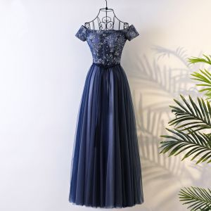 Chic / Beautiful Navy Blue Prom Dresses 2017 A-Line / Princess Off-The-Shoulder Short Sleeve Lace Rhinestone Sash Floor-Length / Long Ruffle Backless Formal Dresses