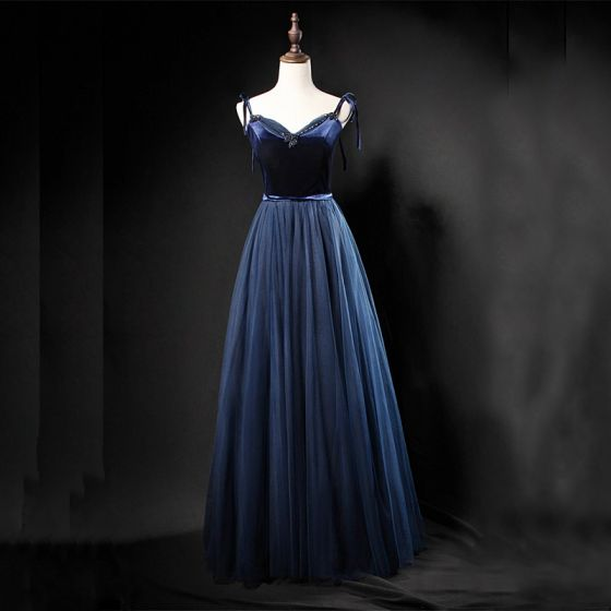 Modern / Fashion Navy Blue Prom Dresses 2018 A-Line / Princess Spaghetti Straps Sleeveless Sash Beading Floor-Length / Long Ruffle Backless Formal Dresses