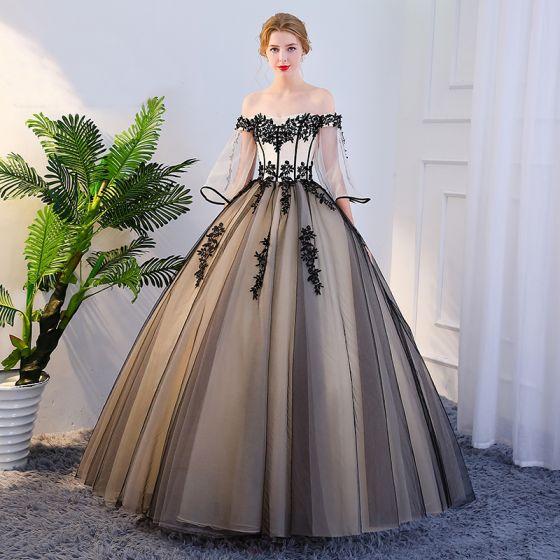Eleganckie Czarne Quinceañera Sukienki Na Bal 2018 Suknia Balowa Z Koronki Aplikacje Przy Ramieniu Bez Pleców 1/2 Rękawy Długie Sukienki Wizytowe