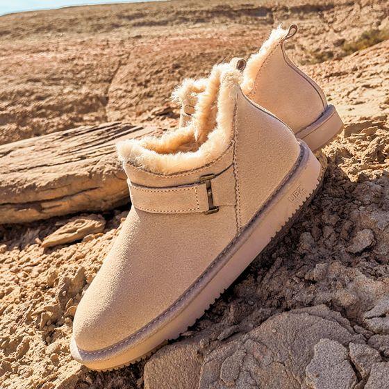 Schöne Beige Schneestiefel 2020 Woll Leder Schnalle Ankle Boots Winter Flache Freizeit Runde Zeh Stiefel Damen