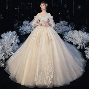 Victorian Style Ivory Bridal Wedding Dresses 2020 Ball Gown See-through Scoop Neck Puffy 3/4 Sleeve Backless Appliques Lace Cathedral Train