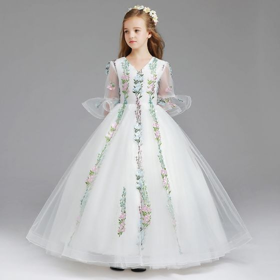 Classic White Flower Girl Dresses 2017 Ball Gown V-Neck 3/4 Sleeve Embroidered Floor-Length / Long Ruffle Wedding Party Dresses