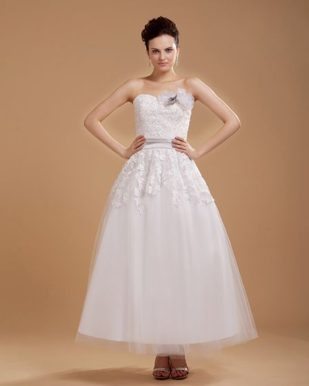 Flowers Applique Tulle Sweetheart Sleeveless Short Mini Wedding Dresses