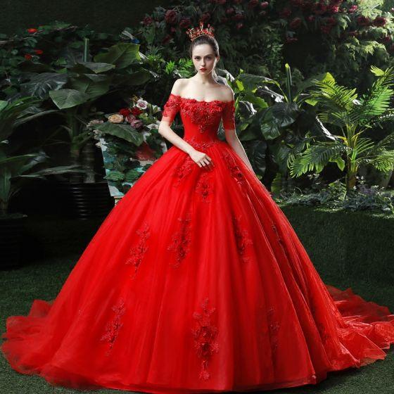 Piękne Czerwone Suknie Ślubne 2018 Suknia Balowa Aplikacje Frezowanie Cekiny Przy Ramieniu Bez Pleców Bez Rękawów Trenem Katedra Ślub