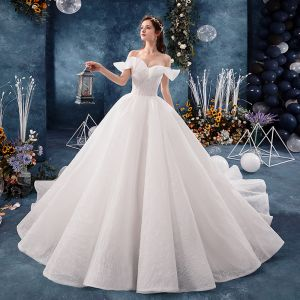 Luksusowe Kość Słoniowa Suknie Ślubne 2019 Suknia Balowa Przy Ramieniu Kótkie Rękawy Bez Pleców Cekinami Tiulowe Trenem Kaplica Wzburzyć