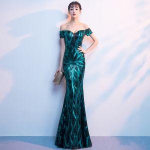 Sparkly Dark Green Sequins Evening Dresses  2018 Trumpet / Mermaid Off-The-Shoulder Short Sleeve Floor-Length / Long Backless Formal Dresses