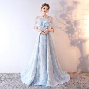 Piękne Błękitne Sukienki Wieczorowe 2019 Princessa Wycięciem Cekiny Rhinestone Z Koronki Kwiat 1/2 Rękawy Bez Pleców Trenem Sweep Sukienki Wizytowe