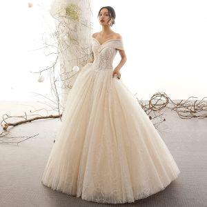 Charmant Champagne Robe De Mariée 2019 Princesse De l'épaule Perle En Dentelle Fleur Paillettes Manches Courtes Dos Nu Longue