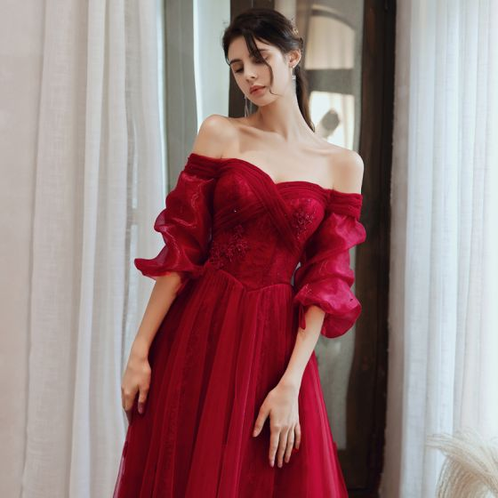 Vintage / Retro Burgundy Dancing Prom Dresses 2020 A-Line / Princess Off-The-Shoulder Puffy 3/4 Sleeve Appliques Lace Beading Floor-Length / Long Ruffle Backless Formal Dresses
