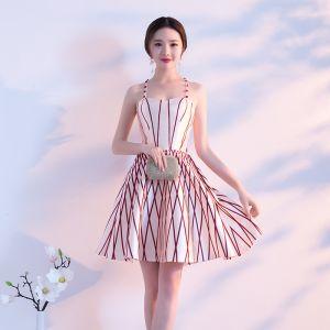Seksowne Kość Słoniowa Strona Sukienka 2018 Princessa W paski Spaghetti Pasy Bez Rękawów Krótkie Sukienki Wizytowe