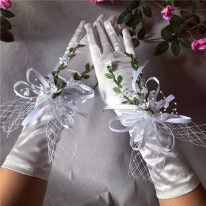 Flower Fairy White Bridal Gloves 2020 Leaf Appliques Pearl Tulle Prom Wedding Accessories