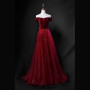Chic / Beautiful Burgundy Suede Prom Dresses 2018 A-Line / Princess Off-The-Shoulder Short Sleeve Sash Appliques Lace Sweep Train Ruffle Backless Formal Dresses