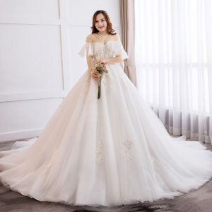 Chic / Beautiful White Ball Gown Wedding Dresses 2019 Lace Tulle Appliques Backless Embroidered Chapel Train Strapless Wedding