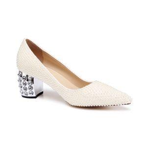 Chic / Belle Ivoire Perle Chaussure De Mariée 2020 Cuir Faux Diamant 6 cm Talons Épais À Bout Pointu Mariage Escarpins