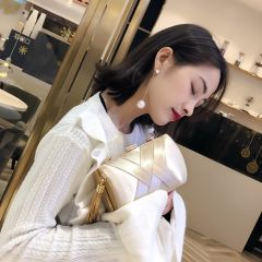 Chic / Belle Champagne Gland Pochette 2019
