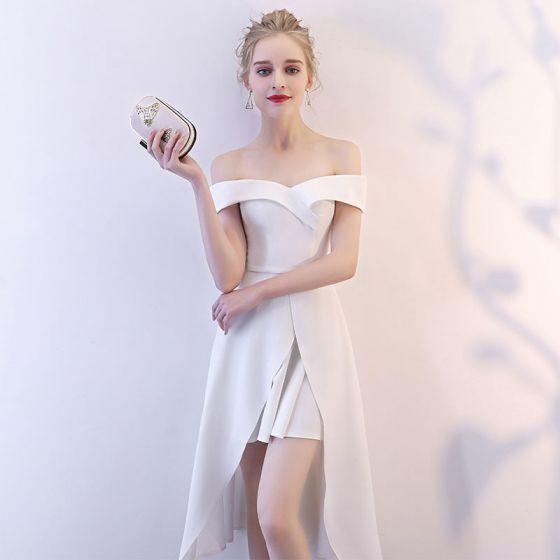 único Blanco De Fiesta Vestidos De Graduación 2018 A Line Princess Fuera Del Hombro Manga Corta Asimétrico Ruffle Sin Espalda Vestidos Formales