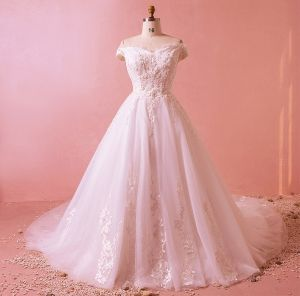 Charming Ivory Plus Size Wedding Dresses 2018 A-Line / Princess Sleeveless U-Neck Tulle Lace-up Appliques Backless Beading Sequins Wedding