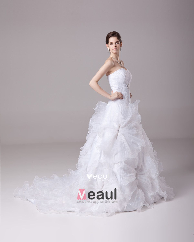 Sweetheart Floor Length Flower Beading Pleated Satin Yarn Ball Gown Wedding Dress